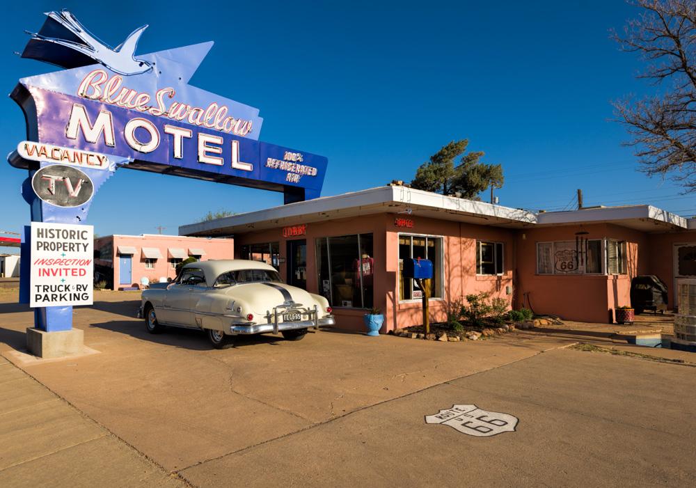 Blu Swallow Motel Tucumcari New Mexico