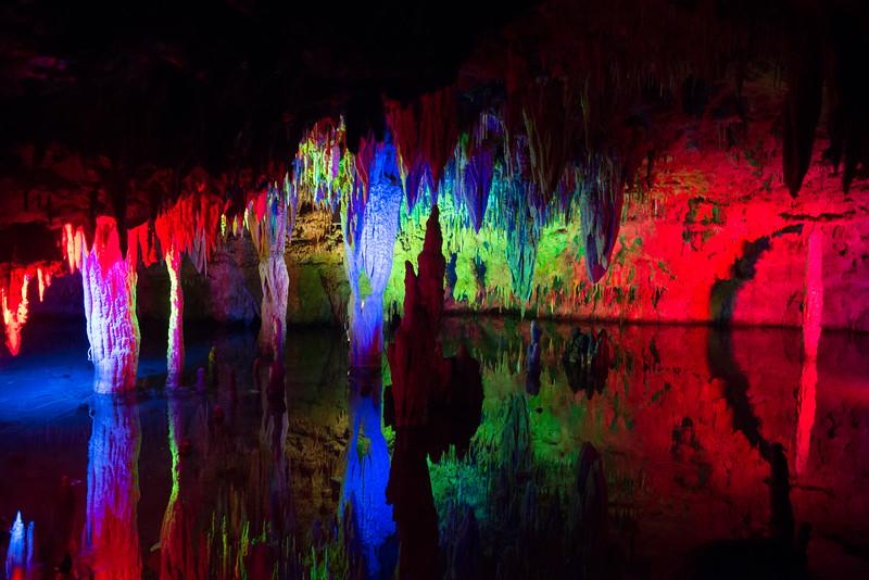 Les cavernes e Meramec, Missouri