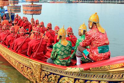 Royal Barge Procession Bangkok 6Nov12 (30)