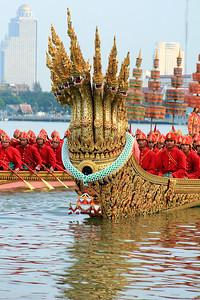 Royal Barge Procession Bangkok 6Nov12 (38)