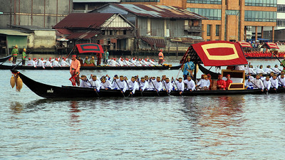 Royal Barge Procession Bangkok 6Nov12 (15)