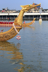 Royal Barge Procession Bangkok 6Nov12 (12)