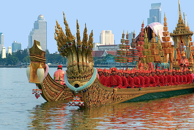 Royal Barge Procession 6 Nov12 (2) HDR