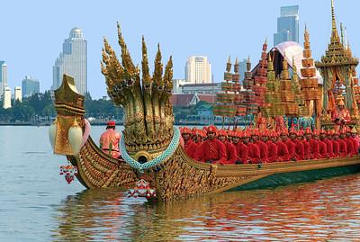 Royal Barge Procession 6 Nov12 (2) HDR