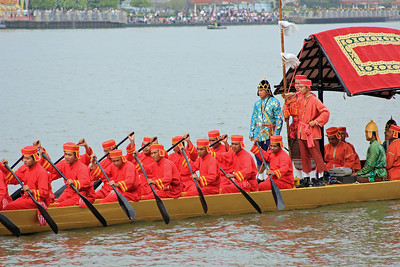 Royal Barge Procession Bangkok 6Nov12 (8)
