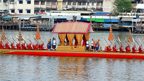 Royal Barge Procession 2Nov12 (14)