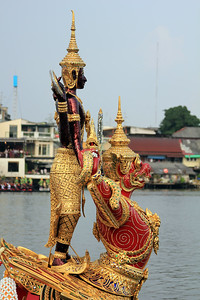 Royal Barge Procession Bangkok 6Nov12 (19)