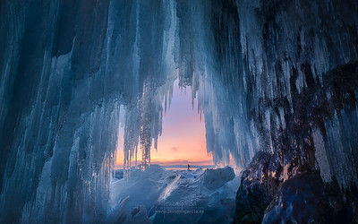 The Heaven's Door in Baikal Lake