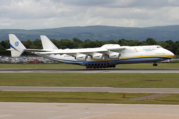 Reg: UR-82060 Operator: Antonov Airlines - Antonov Design Bureau Type:  Antonov An-225 Mriya C/n: 19530503763 / 01-01 Location:  Manchester - Ringway (MAN / EGCC) - UK        Photo Date: 24 June 2013 Photo ID: 1300703