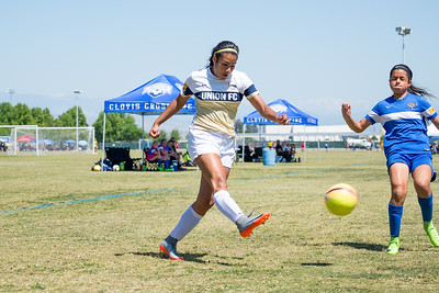 04/30/17 - Union Sacramento FC @ Clovis Cross Fire Blue Union Sacramento FC (03 Girls U14)