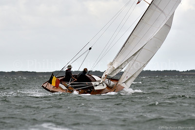 Wooden Classic sailing on the Oosterschelde