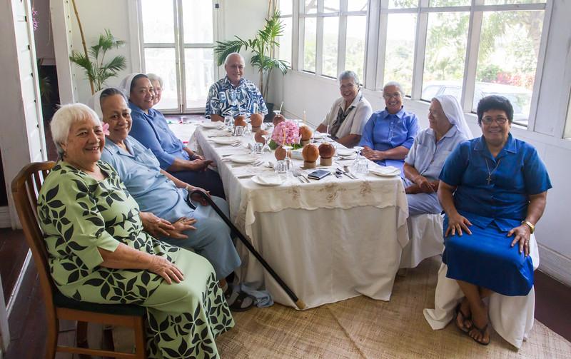 Tui Atua Tufua Tamasese Efi and his visitors