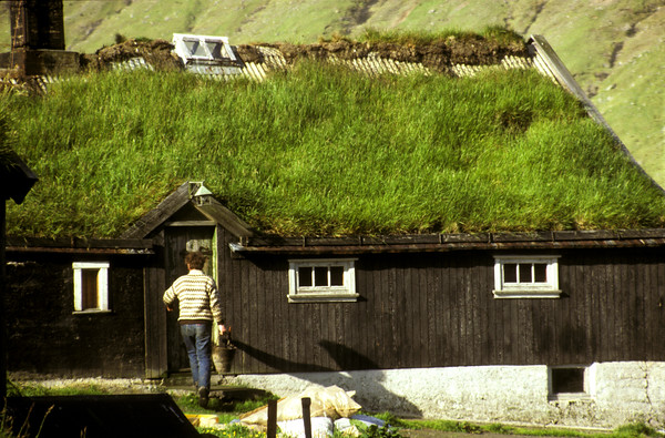 Traditional grass roof house at Depil, Hvannasund