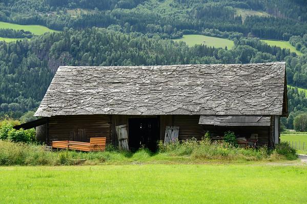 Farmhouse in Lagen valley, Ringebu