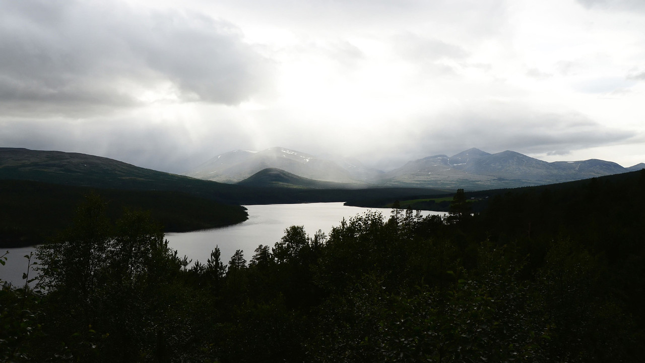 Rain Showers over Rondane