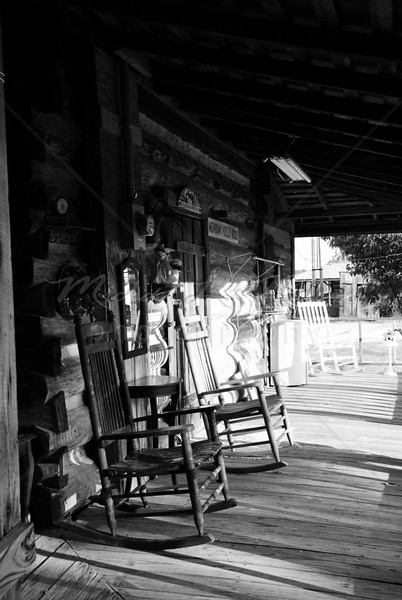 South Alabama Porch (35) Black & White