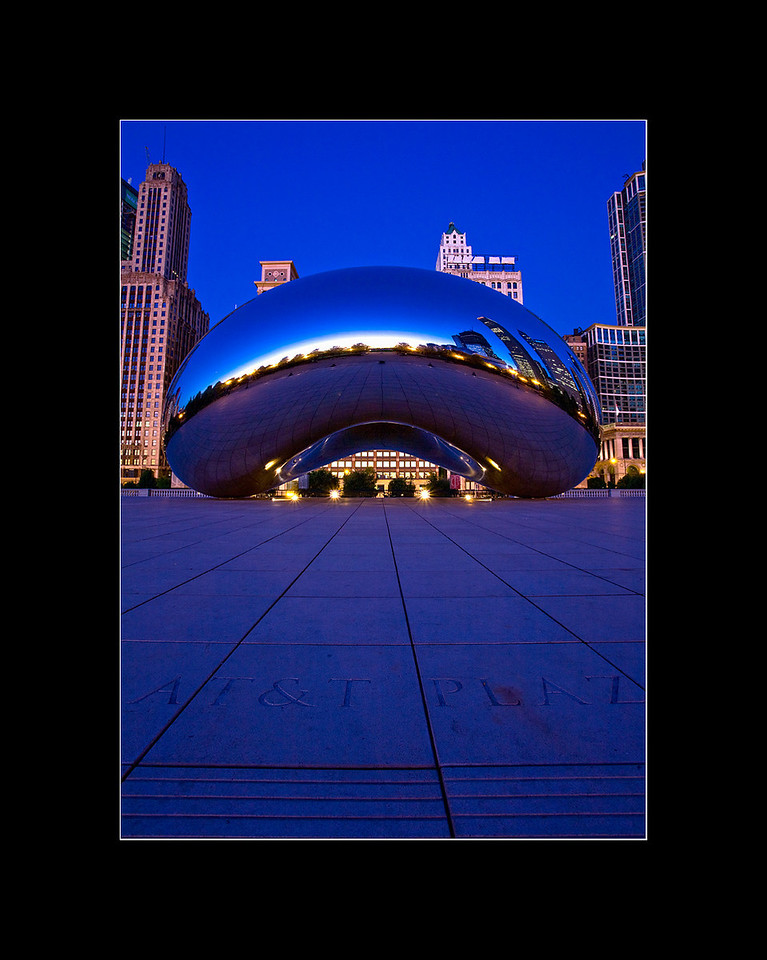 Cloud Gate before sunrise, Chicago