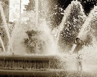Boy_Fountain