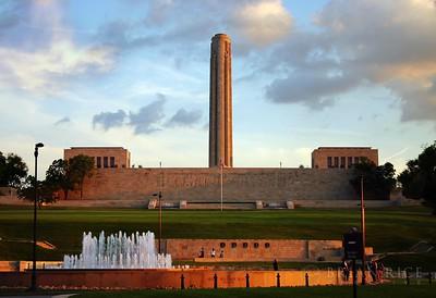 Liberty_Memorial_Sunset1