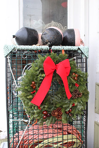 IA_Scenic_Wreath_121020_LL