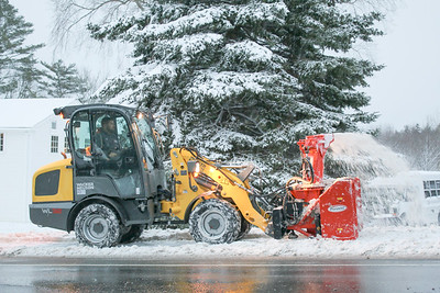 WP_first_snow_new_sidewalk_plow1_112118_AB