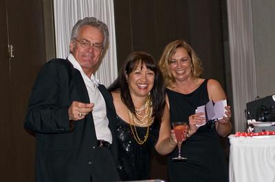 Steve LaGrutta, Deanna Bartee and Kim Collins announce more Door Prizes
