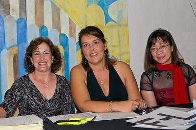 Check-in Chairperson Danielle Zimmermann and committee members