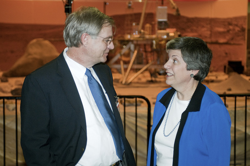 (2.13.2008 -- Tucson, AZ)  Arizona Governor Janet Napolitano chats with Patrick J. Burkart, President of the Arizona Arts, Sciences and Technology Academy during her visit to the Phoenix Mars Mission.