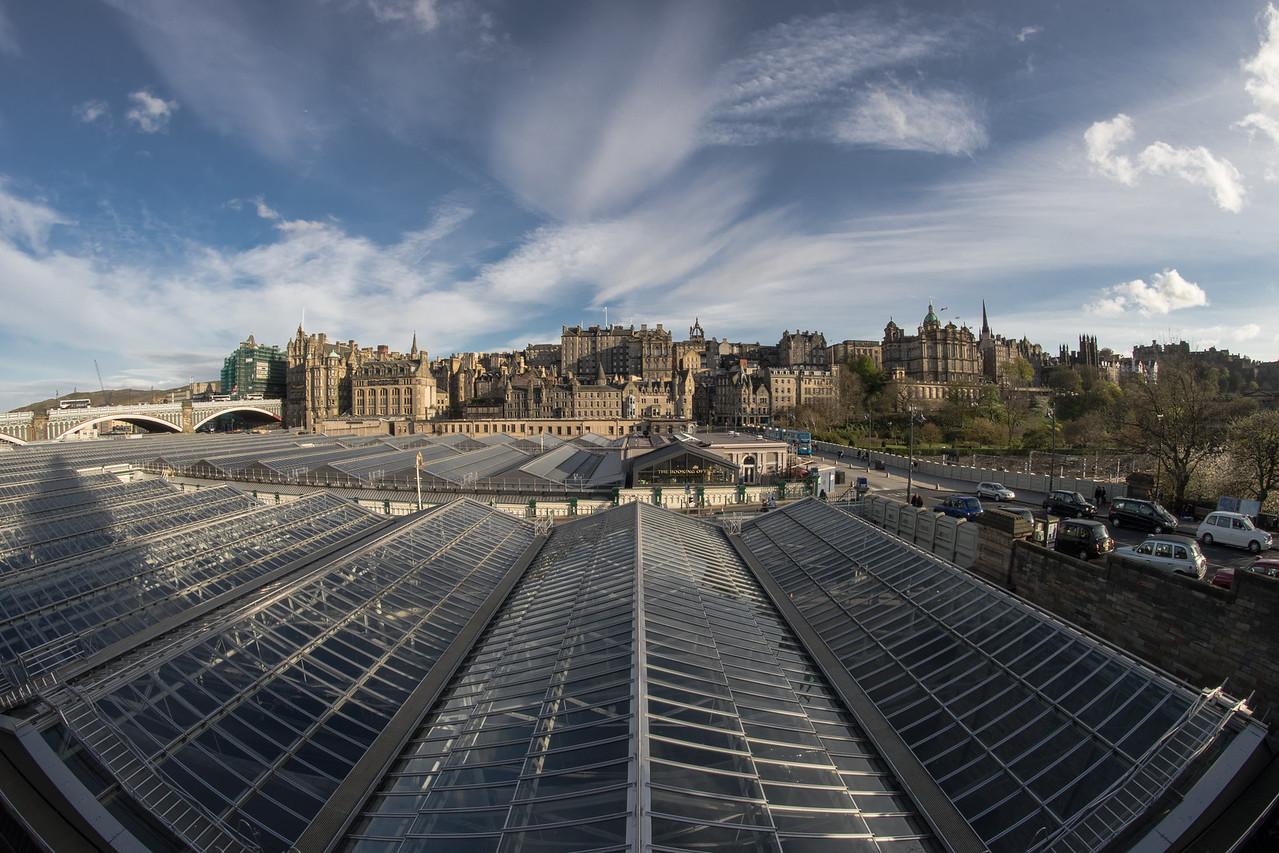 Edinburgh, Train Station