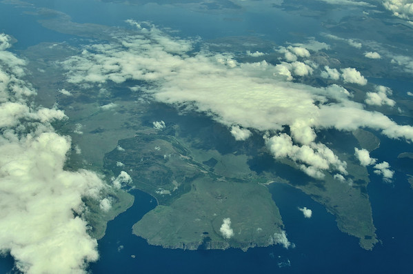 Peninsula between Loch Eynort (left) and Loch Brittle (right), Isle of Skye