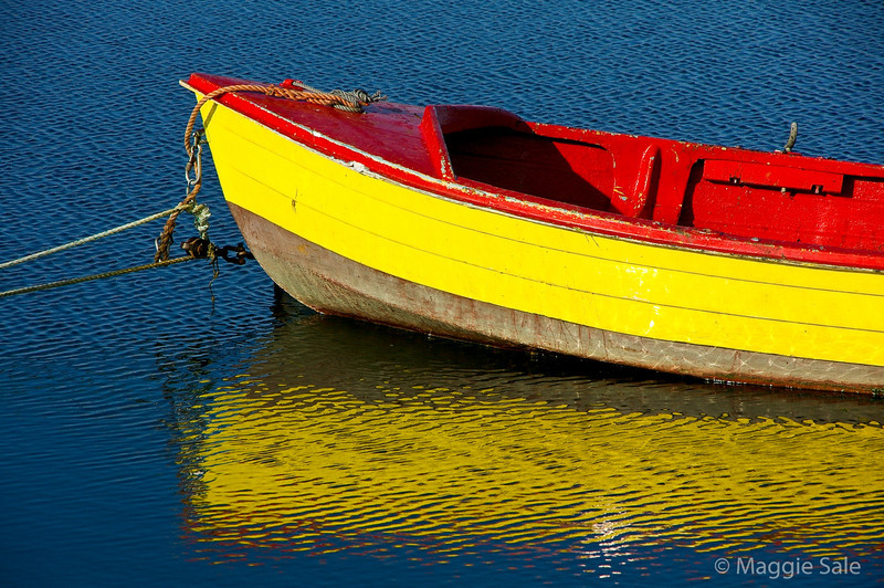 Boat reflection, Barra