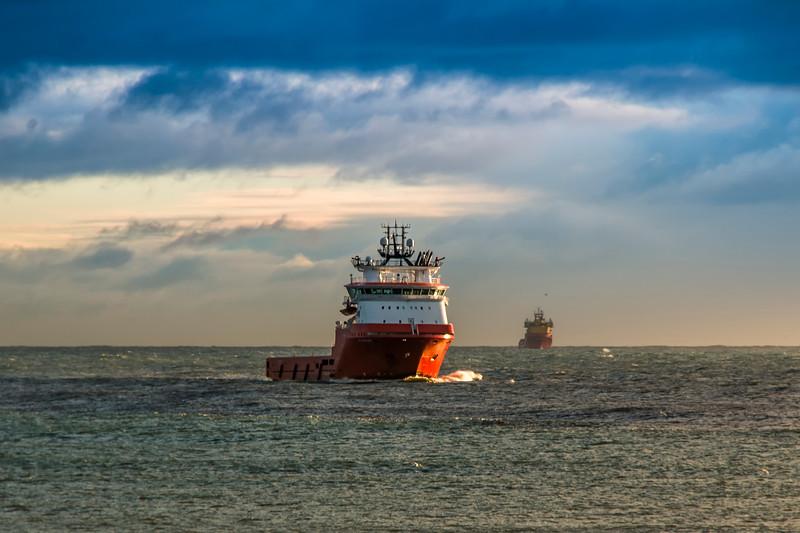 Ships Comming home.jpg