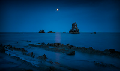 Mupe Bay Moon