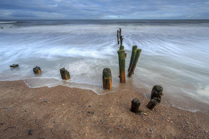Sandsend Groynes (long exposure)