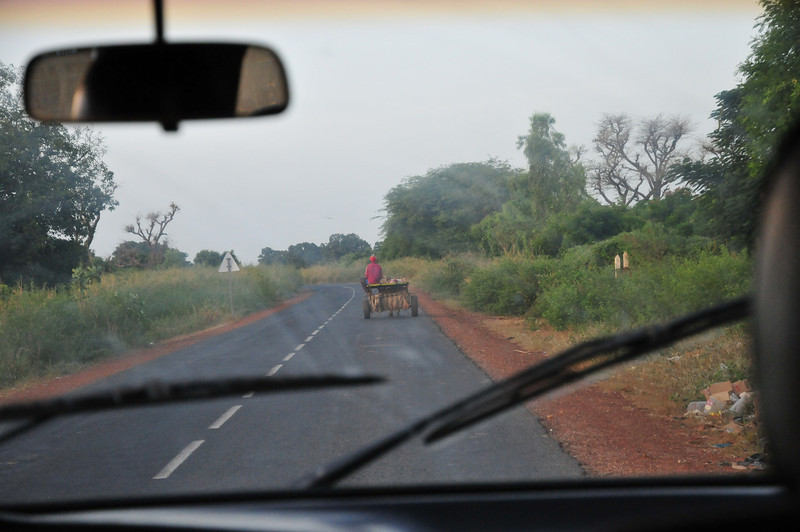 On the road to Saly