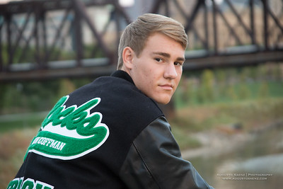 NOAH HIGHSCHOOL SENIOR-58