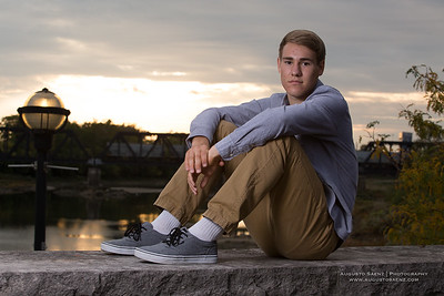 NOAH HIGHSCHOOL SENIOR-32