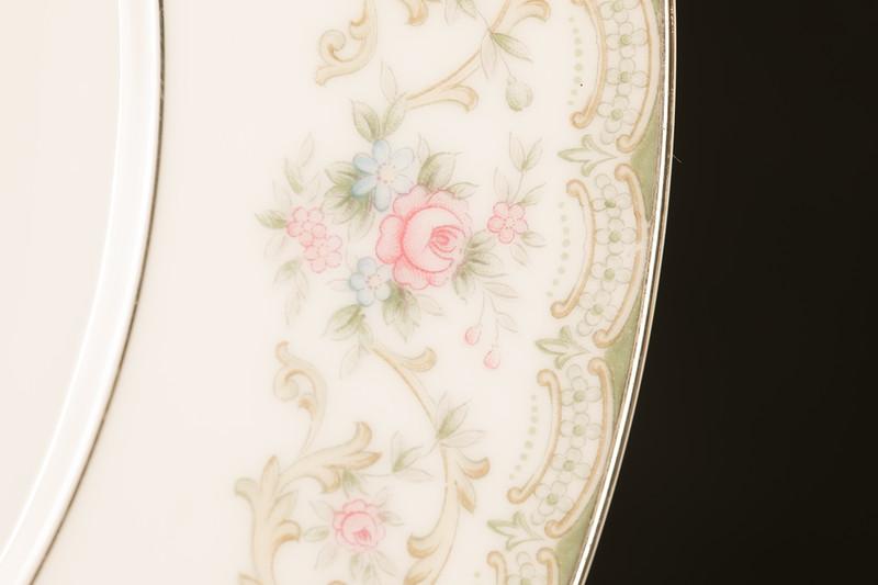 Edgewood Noritake plate detail design