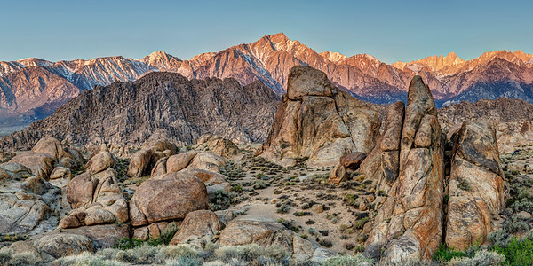 Sunrise in the Alabama Hills