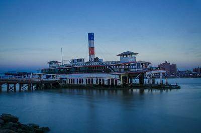 Binghamtpn Ferry Boat - Edgewater, New Jersey