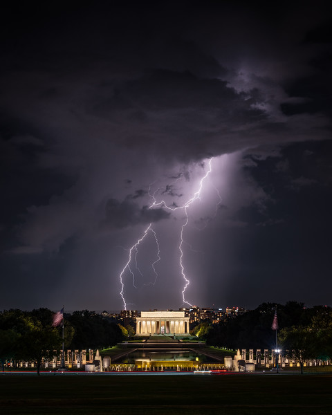 Zeus vs. Lincoln