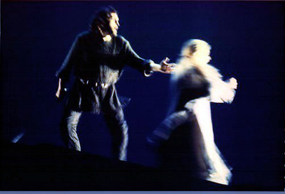 Siegmund & Sieglinde flee