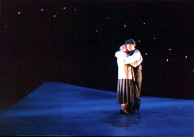 Rodolfo & Mimi hug