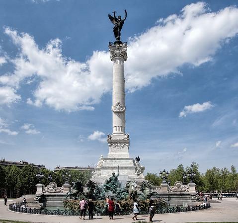 Monument aux Girondins, Place des Quinquonces