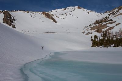A exuberant Randy Flood skirts the edge of Lake 9,436