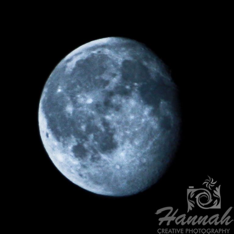 Waning Gibbous Moon Taken July 29, 2010 at 1:38AM   © Copyright Hannah Pastrana Prieto