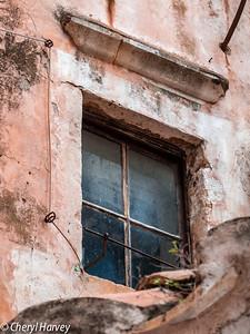 Red Wash & Window