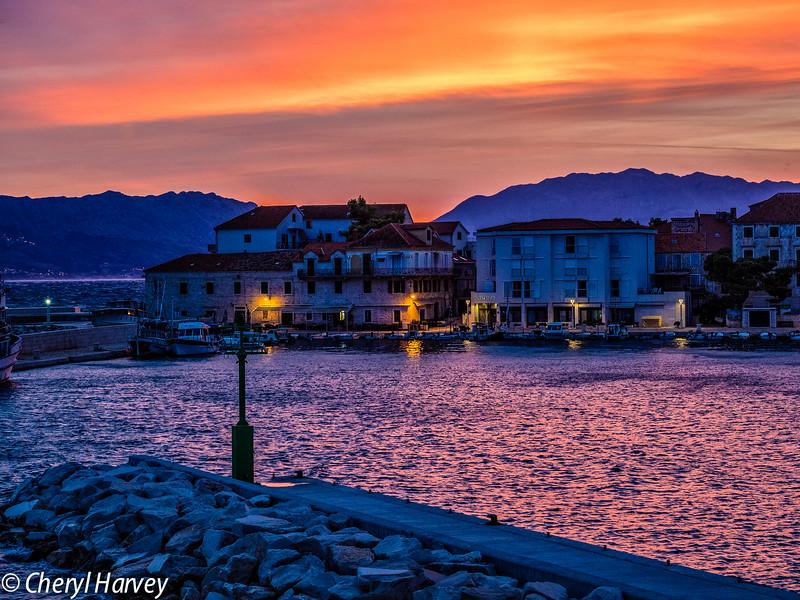 Pastura Harbour Sunrise