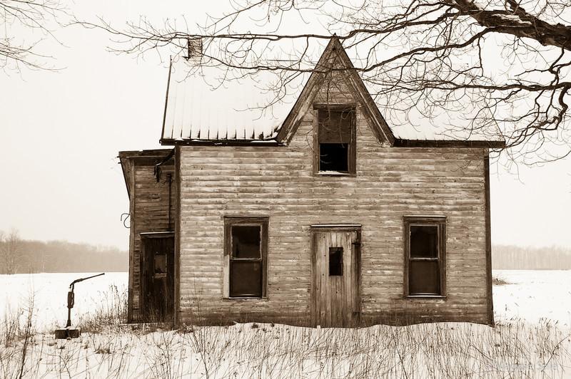 Abandoned House, Norfolk County, Ontario
