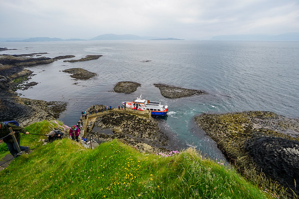 Disembarkning at Staffa